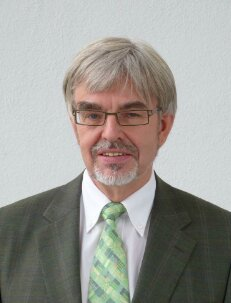 DR. Christoph Hanisch Research Cooperations Festo AG & Co. KG